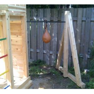 Structure de bois pour ballon poire